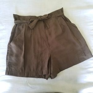 Zara Paperbag High Waisted Pleated Olive Shorts